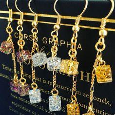 Etsy のShining cube earrings(ショップ名:Kawaii1One)