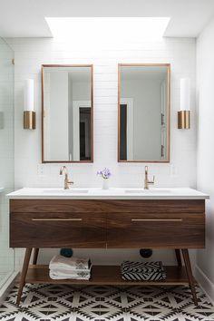 Bathroom Layout, Modern Bathroom Design, Bathroom Interior Design, Decor Interior Design, Interior Decorating, Bathroom Ideas, Bathroom Organization, Bathroom Designs, Bathroom Inspiration