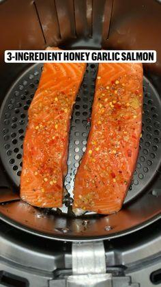 Healthy Salmon Recipes, Fish Recipes, Seafood Recipes, Low Carb Recipes, Healthy Snacks, Cooking Recipes, Air Fryer Dinner Recipes, Air Fryer Recipes Easy, Air Frier Recipes