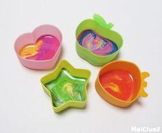 小さくなったクレヨンを混ぜて、レンジでチンッ♪すると、あら不思議…!どんな色になるのかな!?ドキドキ感とワクワク溢れる製作遊び。