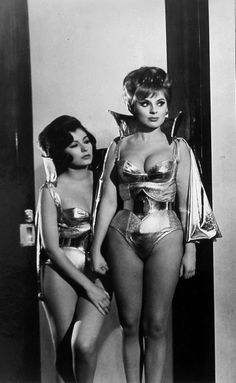 Maura Monti & Gilda Miriós - 'Santo vs. The Martian Invasion' - 1967