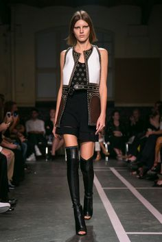 A look from the Givenchy Spring 2015 RTW collection.