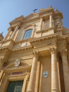 The Cathedral in Noto (La cattedrale di San Nicolò. Architects: Rosario Gagliardi, and its completion in 1776 under the supervision of Bernardo Labisi). (2448 × 3264)