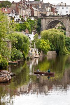 River Nidd passing through Knaresborough, Yorkshire, England