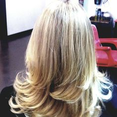 Located in the heart of Mountain's Edge, Bloom Salon and Spa offers a variety of services. From taking care of your skin, hair and nails, massage, to Henna Tattoo. We offer a service which is second to none, so visit one of the best Hair & Beauty Salons in Las Vegas.