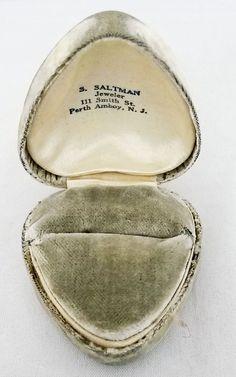 Antique Heart Shaped Velvet Ring Box -Advertising Saltman Jeweler Perth Amboy NJ #SSaltman #RingBox