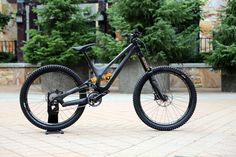 Specialized-Demo-Carbon-2015-650B_1111.gif (1000×667)