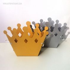 Crown gift boxes. Birthday party, baby shower, prince or princess. Silver and Gold, metallic cardstock. Crown party favors & gift tags.