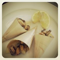 fried mussels cones