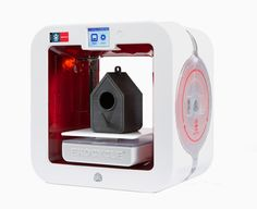 ekocycle cube by cubify + will.i.am + coca-cola 3D prints with recycled bottles