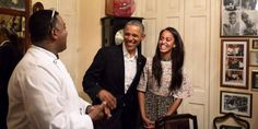 Malia Obama Translating All the Dad Jokes in Cuba Malia Obama, Barack Obama, Michelle Obama, Translate To Spanish, Air Force One, Presidente Obama, Malia And Sasha, Black Presidents, Cuba Travel
