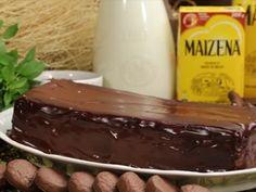 Bolo de Chocolate Molhadinho e Fofinho