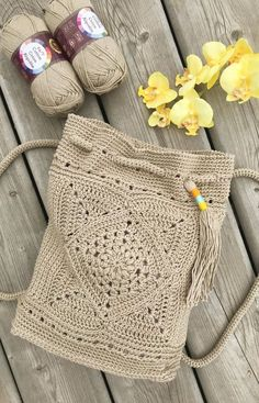 Crochet Patron, Diy Crochet And Knitting, Crochet Handbags, Crochet Purses, Small Crochet Gifts, Knitting Patterns, Crochet Backpack, Crochet Decoration, Crochet Blankets