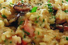 Houbové rizoto se slaninou Fried Rice, Bon Appetit, Risotto, Fries, Meat, Chicken, Ethnic Recipes, Food, Bulgur