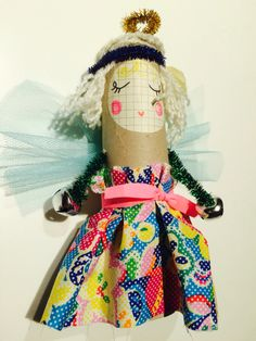 #crafteeki #craft #workshop #kidscraft #angel #clairepaveley