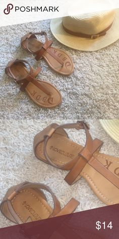 Love Culture Nude Tan Ankle Strap Leather Sandals Love Culture Nude Tan Ankle Strap Leather Sandals Size 8. True to size. Adjustable Buckle settings. 💐Bundle and former 20% off! Love Culture Shoes