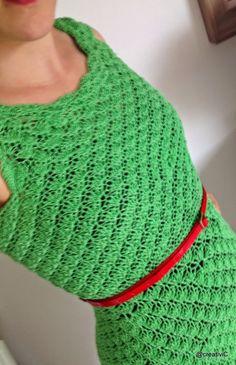Crochet dress / gehaakte jurk. Gehaakt met Amy garen van Zeeman. Door: creativic.blogspot.com