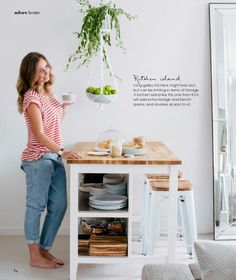 Keukeneiland met opbergruimte van Ikea.