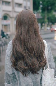 Hair trends 2018 korean New ideas Trendy Hairstyles, Girl Hairstyles, Korean Hairstyles Women, Hairstyles 2018, Korean Hair Color, Hair Korean Style, Korean Wavy Hair, Korean Perm, Hair Routine