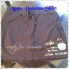 Apple Bottoms Skirt Brown mini skirt, 95% cotton 5% spandex with  Gold Apple Bottoms emblem and pockets. Worn once. EXCELLENT CONDITION Apple Bottoms Skirts