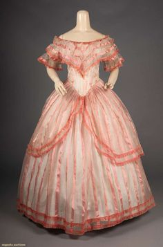 white silk organdy w/ pink ribbon stripes, elongated, fichu draped bodice to V front W point, polonaise over-skirt, lined bodice. Vintage Outfits, Vintage Gowns, Vintage Mode, 1850s Fashion, Edwardian Fashion, Old Dresses, Pretty Dresses, Victorian Ball Gowns, Crinoline Dress