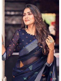 Black Saree Designs, Blouse Designs High Neck, Cotton Saree Designs, Silk Saree Blouse Designs, Fancy Blouse Designs, Bridal Blouse Designs, Designs For Dresses, Blouse Patterns, Choli Designs