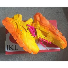Mango Nike Air Huarache Splat Sole Customs Tie Dye Nike Huarache... ($204) ❤ liked on Polyvore featuring shoes, brown, sneakers & athletic shoes, tie sneakers, unisex adult shoes, brown shoes, tye dye shoes, water proof shoes, tie dye shoes and waterproof footwear