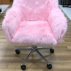 I love this chair.