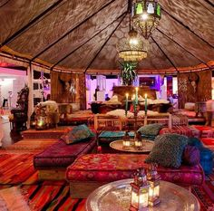 Bohemian style decor Marrakech setting