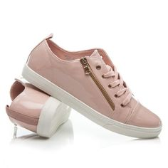 Click pe imagine pentru marire Vans Old Skool, Sneakers, Shoes, Fashion, Tennis, Moda, Slippers, Zapatos, Shoes Outlet