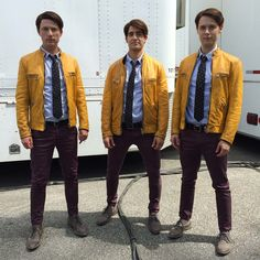 DIY Dirk Gently Halloween Costume Idea 1