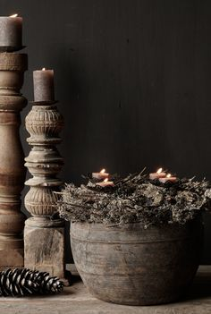 Wabi Sabi, Olive Wreath, Willow Wreath, Winter Time, Holiday Crafts, Fountain, Sweet Home, Candle Holders, Interiors