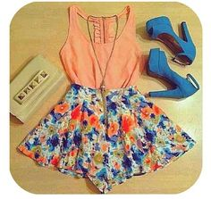 Pretty outfit!!