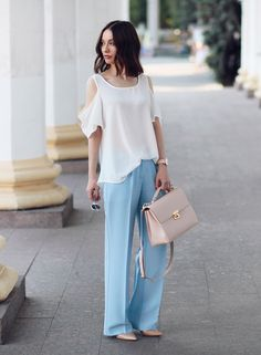 Sonya Karamazova, wide leg pants, cold shoulder blouse, pastel colors, summer outfit ideas,