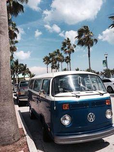 Ideas For Aesthetic Wallpaper Vintage Cars Beach Aesthetic, Retro Aesthetic, Photo Wall Collage, Picture Wall, My Dream Car, Dream Cars, Fred Instagram, Vw Beach, Summer Wallpaper