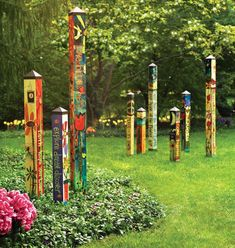 Peace Poles and Garden Art poles by Stephanie Burgess and Studio M Painted Peace we have them all ready to ship! Love love love the garden art and peace poles. Garden Crafts, Garden Projects, Garden Art, Garden Design, Garden Ideas, Outdoor Art, Outdoor Gardens, Outdoor Ideas, Outdoor Living