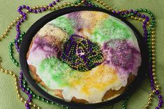 Delicious Mardi Gras King Cake - Kippi at Home Louisiana Recipes, Cajun Recipes, Baking Recipes, Cajun Food, Baked Donut Recipes, Baked Donuts, King Cake Baby, King Cakes, Cake Festival