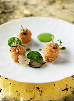 Dombes frog legs in crispy kataifi sprinkled with 'quatre epices' by Richard Ekkebus