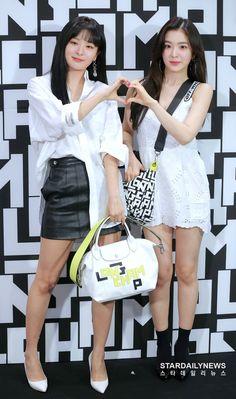 Kpop Girl Groups, Korean Girl Groups, Kpop Girls, Pop Fashion, Asian Fashion, Fashion Show, Seulgi, K Pop, Yuri