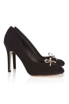 Black Round Toe Court Shoe - perfect party shoes #wallisfavourites Party Shoes, Court Shoes, Perfect Party, Peep Toe, Fashion Dresses, Guilty Pleasure, Clothes For Women, Heels, Womens Fashion