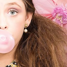🌿🌸 :: The Kitten with Pearl Earrings :: 🌸🌿  .  .  .  #BillSkinner #kittens #fashionshoot #lookbook #ss17collection #catsofinstagram #retro #blowbubbles #fashionphotography #mua  #bublegum #blowbubbles #prettyinpink #catjewelry #catjewellery #monki #photoshoot #jewellerydesign