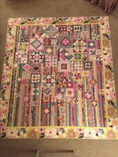 Gypsy Wife pattern by Jen Kingwell.