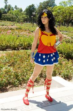 Wonder Woman, cosplayed by Psyfrostcosplay, photographed by Alejandro Jandry - Best Cosplay Ever (This Week) - 02.04.13