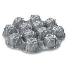 Nw Sweetheart Rose Muffin Pan