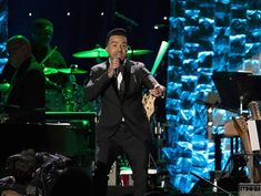 'Despacito' podría hacer historia en los Grammy | El Puntero