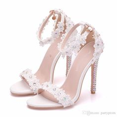Modern / Fashion White Wedding Shoes 2018 Lace Flower Rhinestone Ankle Strap 11 cm Stiletto Heels Open / Peep Toe Wedding High Heels Modern / Fashion White Wedding Shoes 2018 Lace Flower Rhinestone An Wedding High Heels, White Wedding Shoes, Wedding Boots, Prom Heels, Converse Wedding Shoes, Bride Shoes, Women's Shoes, Me Too Shoes, Shoes Men