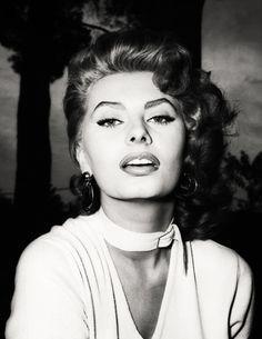 SOFIA LOREN old hollywood glamour - Google Search