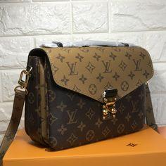 d9f30225d3e3d Louis Vuitton lv small metis reverse color original leather version