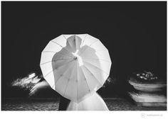 Ich bin sehr stolz Euch diese Traumhochzeit von Elisabeth & Michael auf Schloss Hasenwinkel präsentieren zu können, die ich als Hochzeitsfotograf begleiten durfte. Für dieses gut gelaunte Brautpaar war der Mauerfall ein Glücksfall. Denn so lernten sie sich beim gemeinsamen Studium in Rostock kennen und lieben. Zu ihrer traumhaften Hochzeitzog es sie ins Herz von Mecklenburg auf das herrlicheSchloss Hasenwinkel welches mit seinem toll eingespielten und super-sympathischen Team geradezu zum…