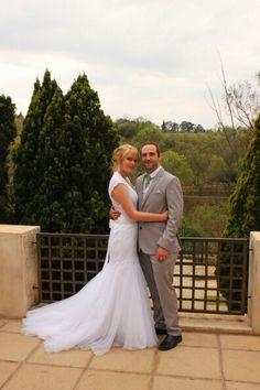 View Picnic, Wedding Dresses, Fashion, Bride Dresses, Moda, Bridal Wedding Dresses, Fashion Styles, Weding Dresses, Dress Wedding